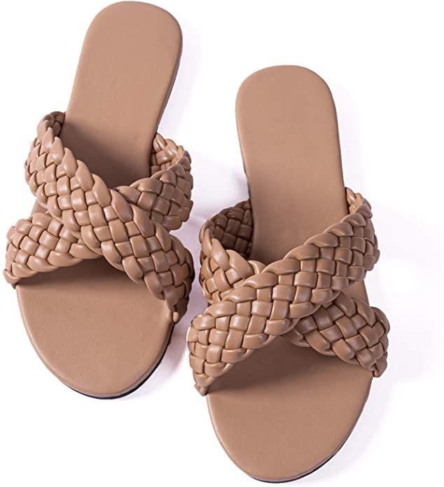 Amazon Fashion flip flops